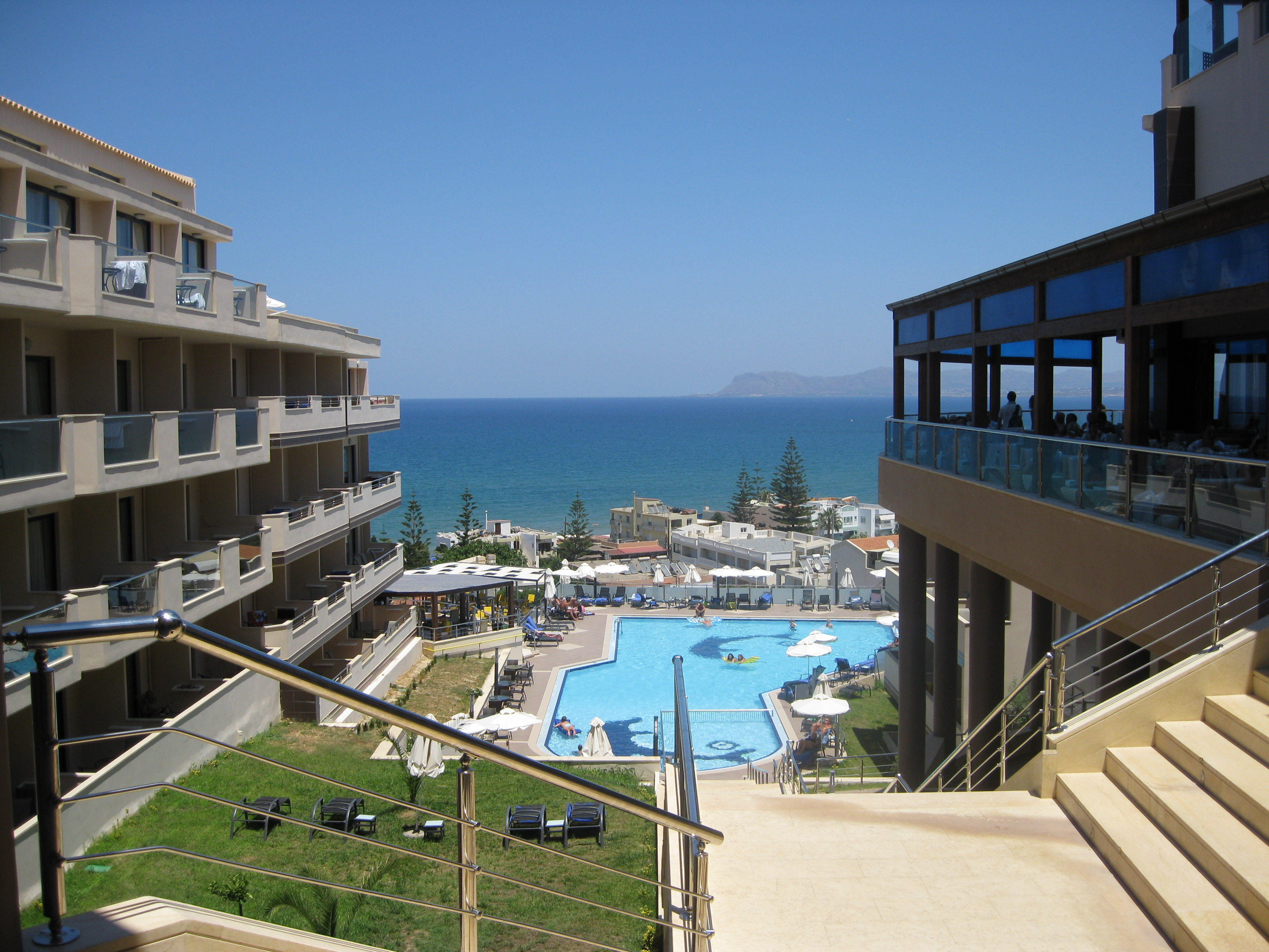Rooms: The Galini Seaview Hotel, Aghia Marina, Crete