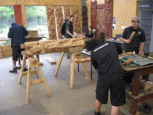Carvers at work in Te Wananga Whakairo