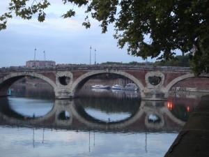 France, Toulouse, TravelstripeBridge over the Garonne, Toulouse