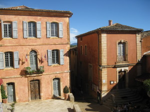 The red houses of Roussillon